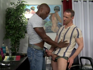 gay mature jeune bite gay black